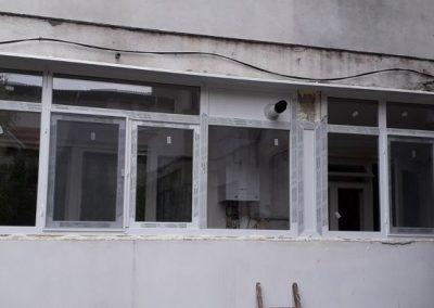 Montaj tamplarie PVC Salamander la balcon
