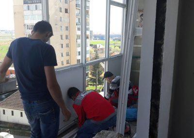 montaj-tamplarie-pvc-balcon (11)
