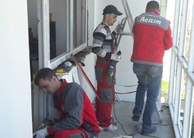 montaj-tamplarie-pvc-balcon (14)