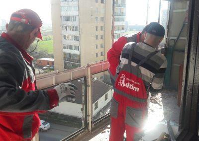 montaj-tamplarie-pvc-balcon (7)